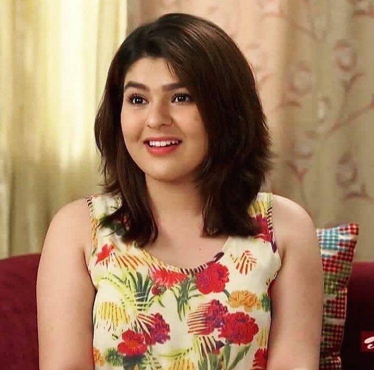 Sonu Bhide aka Nidhi Bhanushali #tmkoc in 2020   Asian beauty girl, Indian  bollywood actress, Beautiful girl indian
