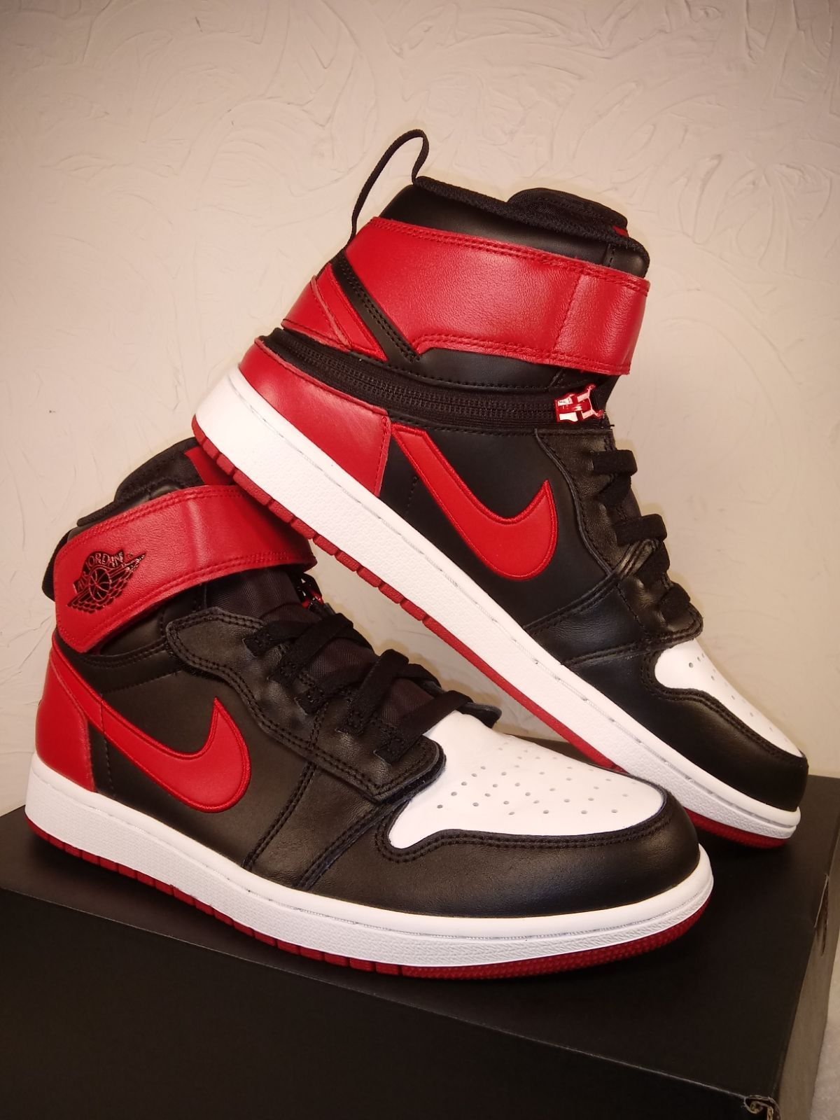 Air Jordan 1 High Fly Black Toe Size 10