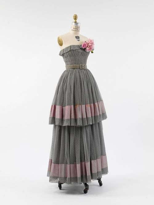 Cristobal Balenciaga evening dress ca. 1950 via The Costume Institute of the Metropolitan Museum of Art