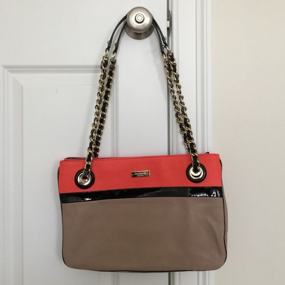 """Kate Spade Handbag Tan, black and coral leather Kate Spade bag with black and white printed 3 section interior. Dimensions: 13"""" x 9"""" and with can extend to about 4"""". Handle drop: 11"""". This bag does have some markings, please see pictures. No trades, all offers considered and negotiated when using the """"offer"""" button. Thanks for looking! kate spade Bags"""