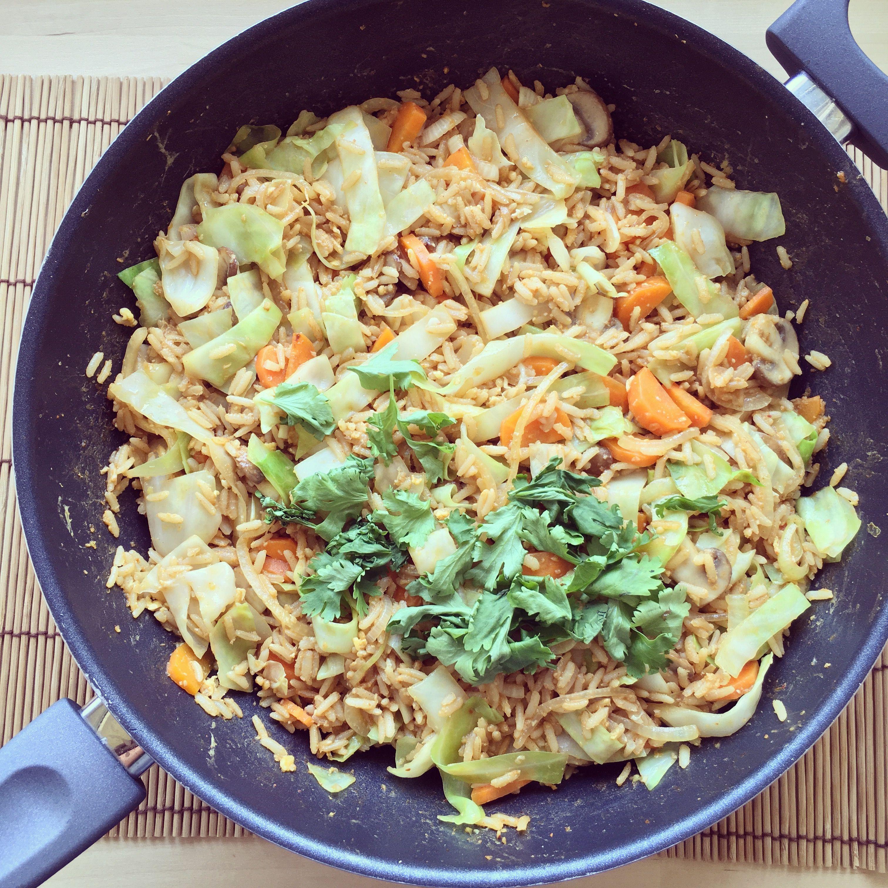Riz complet sauté aux légumes | Recettes de cuisine ...