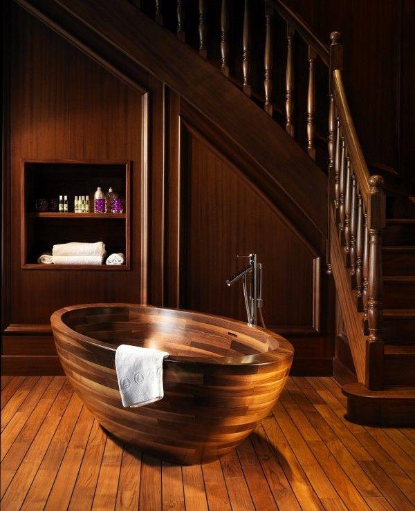 Baula bathtub. American walnut Interior Project by Buildinvest - Unique Wood Design