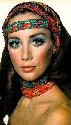 Pin De Dominique Mattos Em 70s Makeup Com Imagens Looks Look
