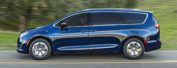 2018 chrysler pacifica release date automotrends chrysler pacifica chrysler models cars. Black Bedroom Furniture Sets. Home Design Ideas