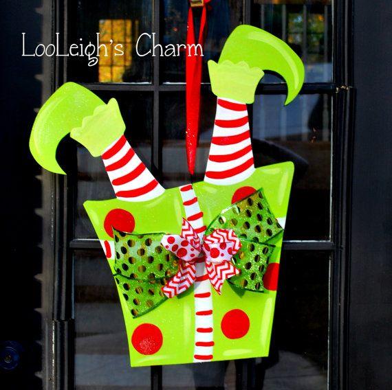 Elf door hanger christmas decor christmas wreath by for Weihnachtsideen dekoration