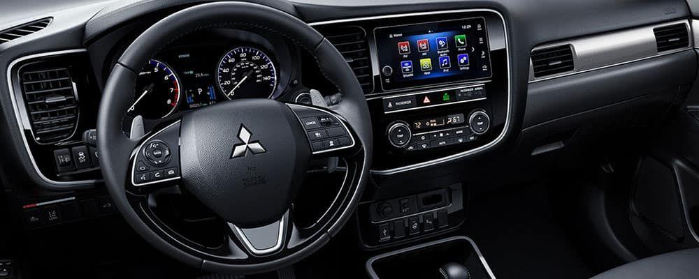 Awesome Interior Mitsubishi Outlander 2019 And Review di 2020