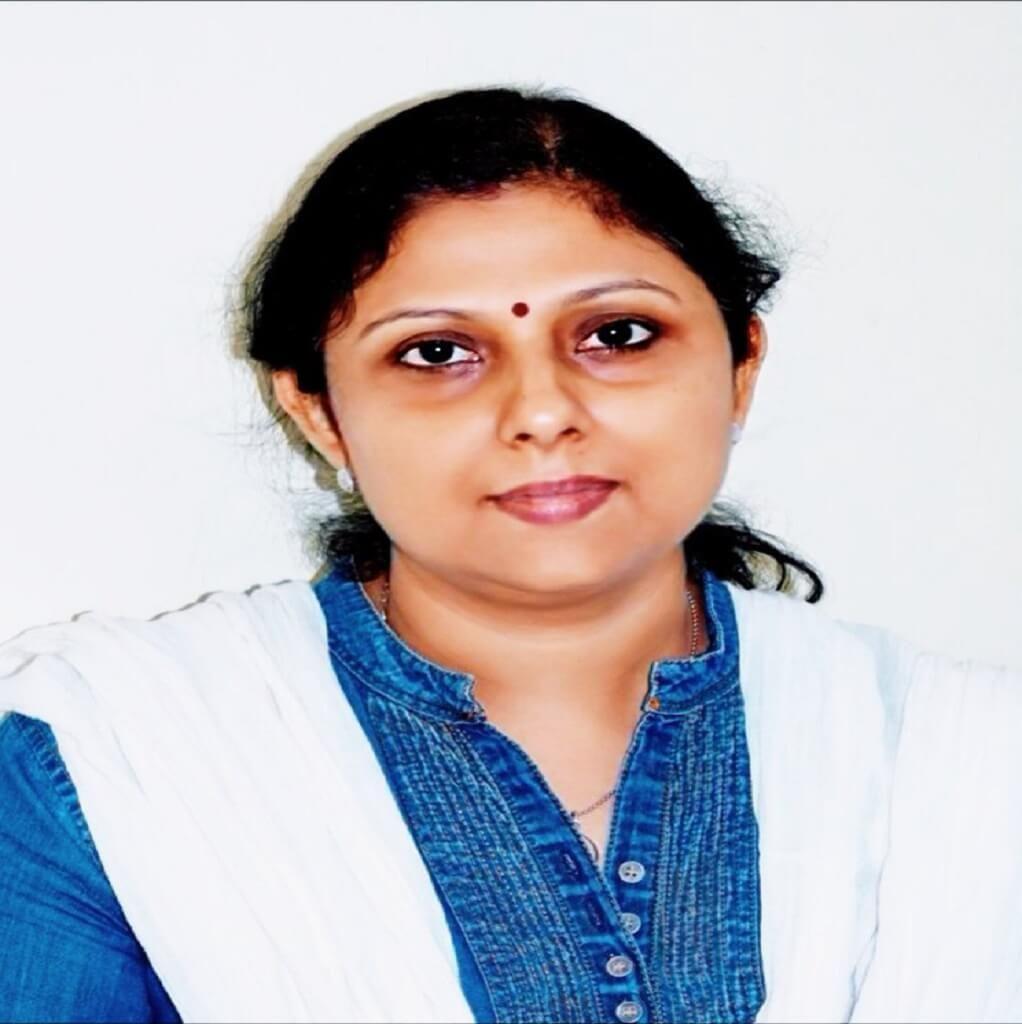 Dr Neeta Kevlani is an experienced Paediatrician and