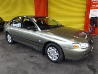 Holden Commodore Sedan EXECUTIVE V6 Green 2004 for Sale