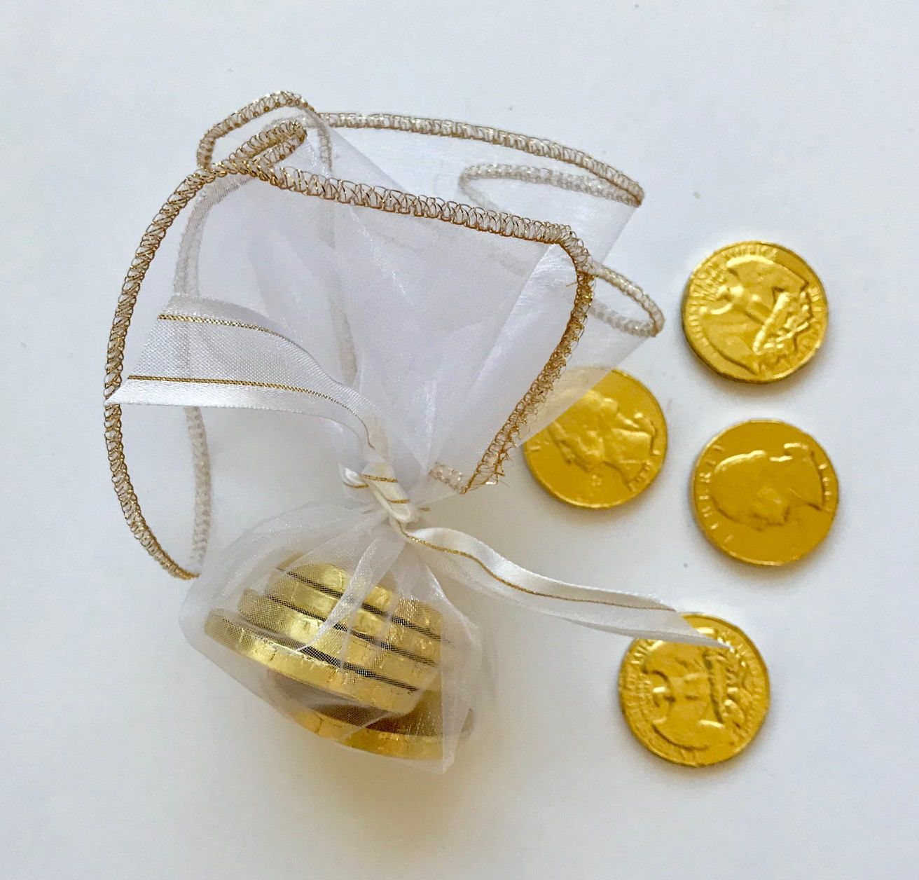 Golden Anniversary Favor, 50th wedding anniversary, White and gold ...