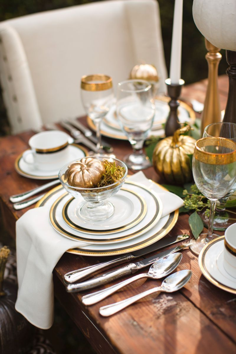 Metallic Fall Tablescape DIY - Easy & Affordable ...