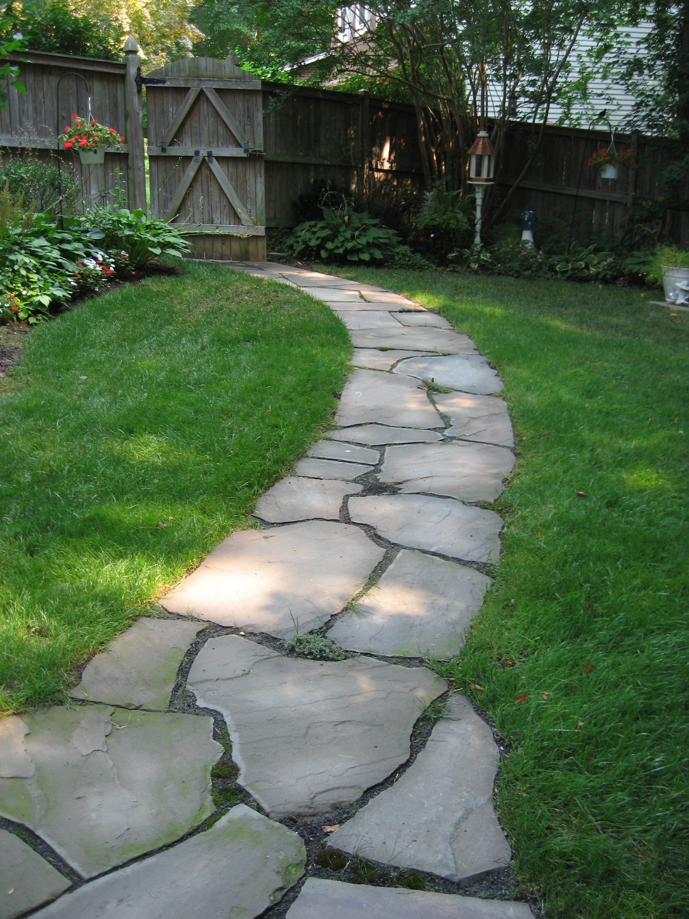 irregular flagstone pathway side yard shade walkways