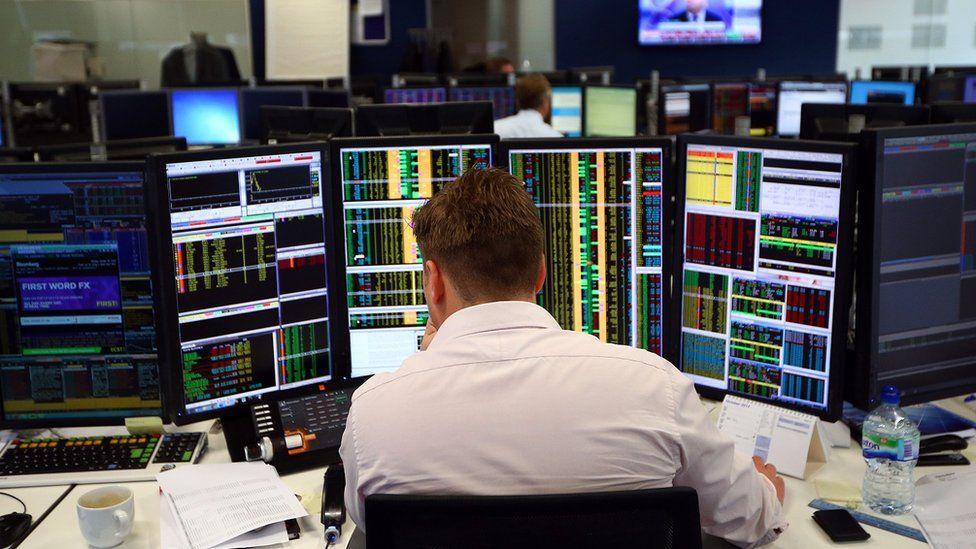 UK stock market slips amid Brexit turmoil Uk stock