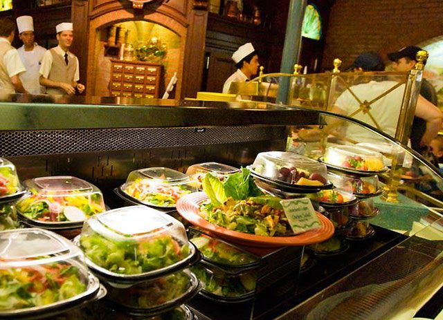 Disneyland S Top 10 Quick And Casual Restaurants