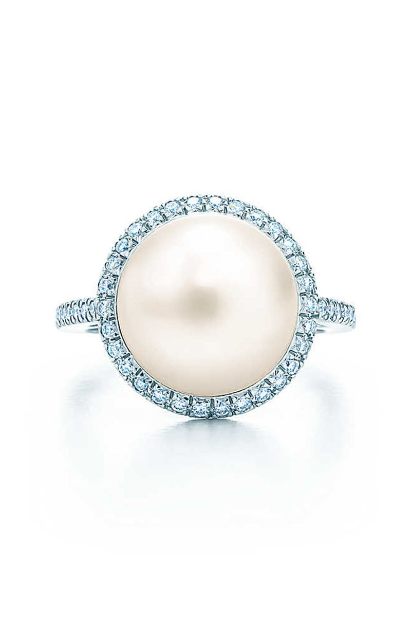 27 Unique Engagement Rings For The Nontraditional Bride