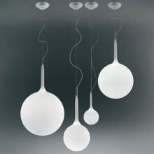 Castore designed by Michele De Lucchi and Huub Ubbens for Artemide.   http://www.santiccioli.com/en/collections/?filter=product&name=castore  #castore #artemide #micheledelucchi #huububbens #interior #design #architecture #lighting