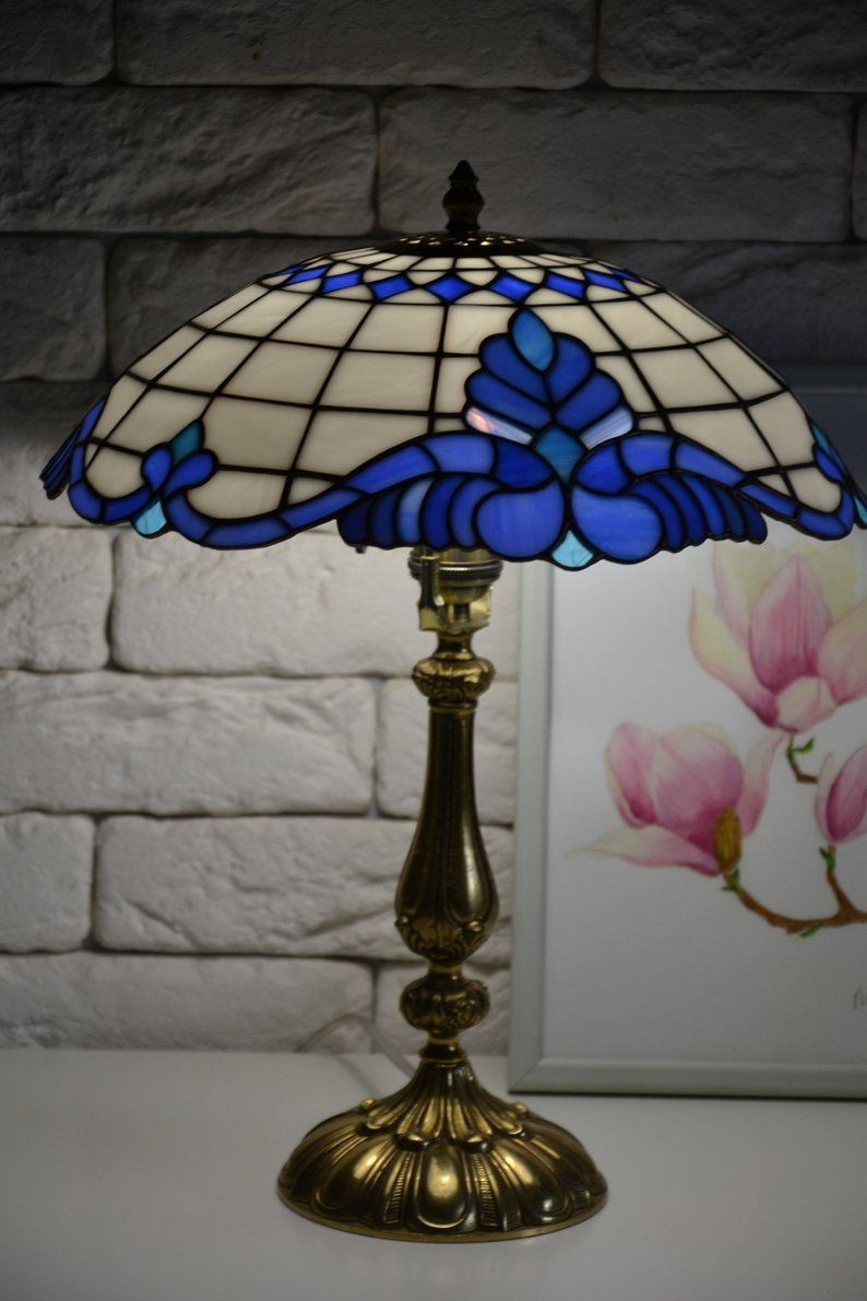 Stained Glass Table Lamp Tiffany Style Classic Tiffany Design Desk Lamp White Blue Lamp Baroc Pattern Tiffany Lampa Lampak Lampa