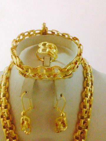 عائلتي أطقم ذهب جميلة وأنيقة Gold Bracelet Gold Jewelry