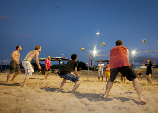 Night Volleyball At The Esplanade Courts Cairns Queensland Australia Fun Workouts Night Volleyball Queensland