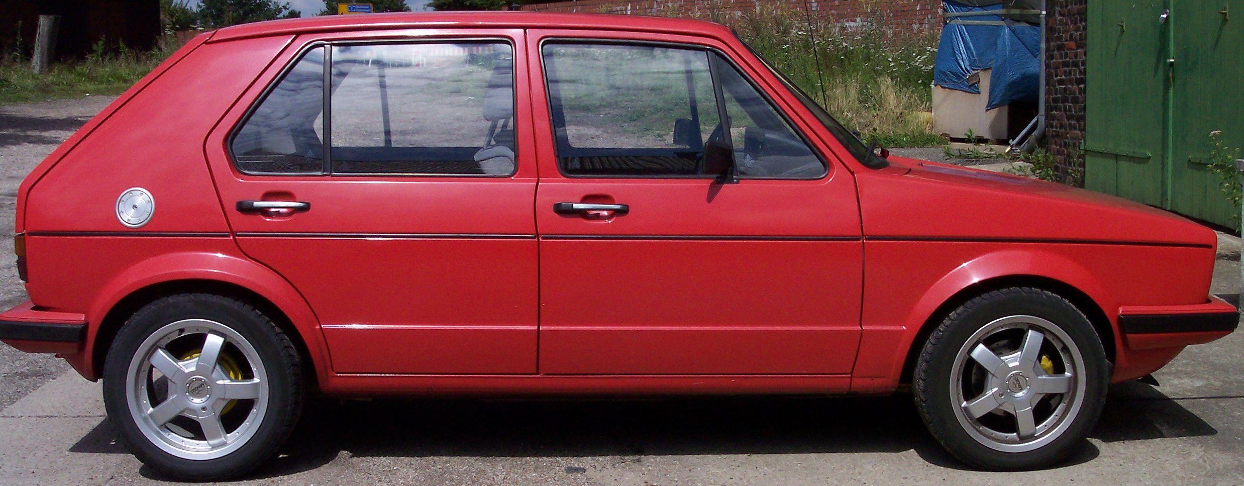 Volkswagen Golf I Red