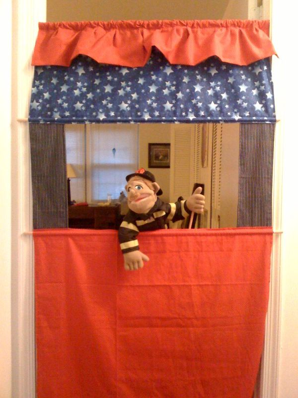 how to make a puppet show stage