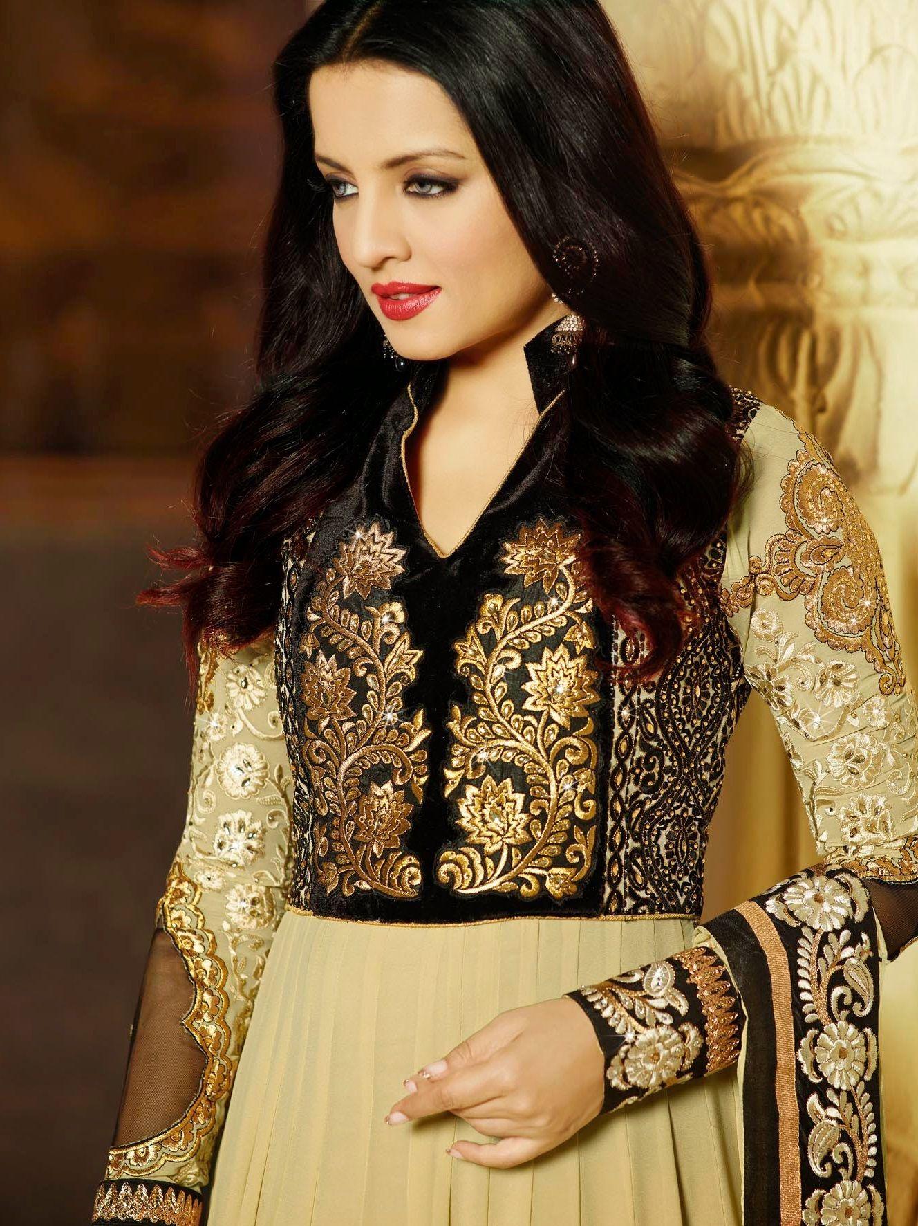 أحدث وأجمل موديلات الفساتين الهندية قطع أصلية 100 مستوردة من مصمميها للطلب والاستعلام يرجى الاتصال على 0096277753 Moroccan Dress Moroccan Fashion Caftan Dress