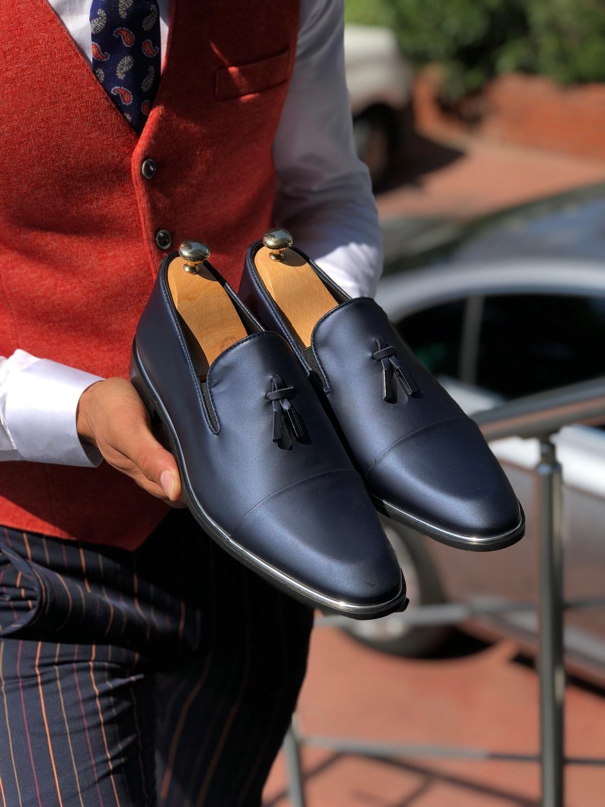 The Noe Classic Navy Blue Tassel Loafer in 2020 Navy