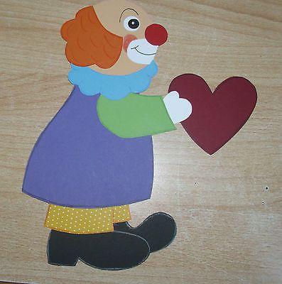 Fensterbild clown mit herz tonkarton basteln pinterest - Clown basteln kindergarten ...