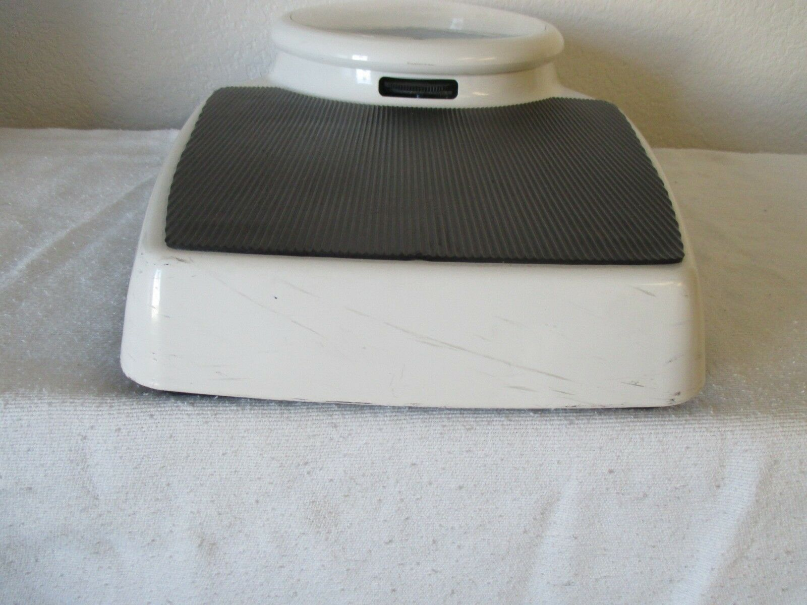 SECA Bathroom Scale Mechanical Model 762 1119009 Used 400