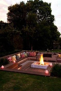 man ein bisschen mehr Platz im Garten hat kann man diese Feuerstelle samt passendem LoungeBereich bauen Wenn man ein bisschen mehr Platz im Garten hat kann man diese Feue...