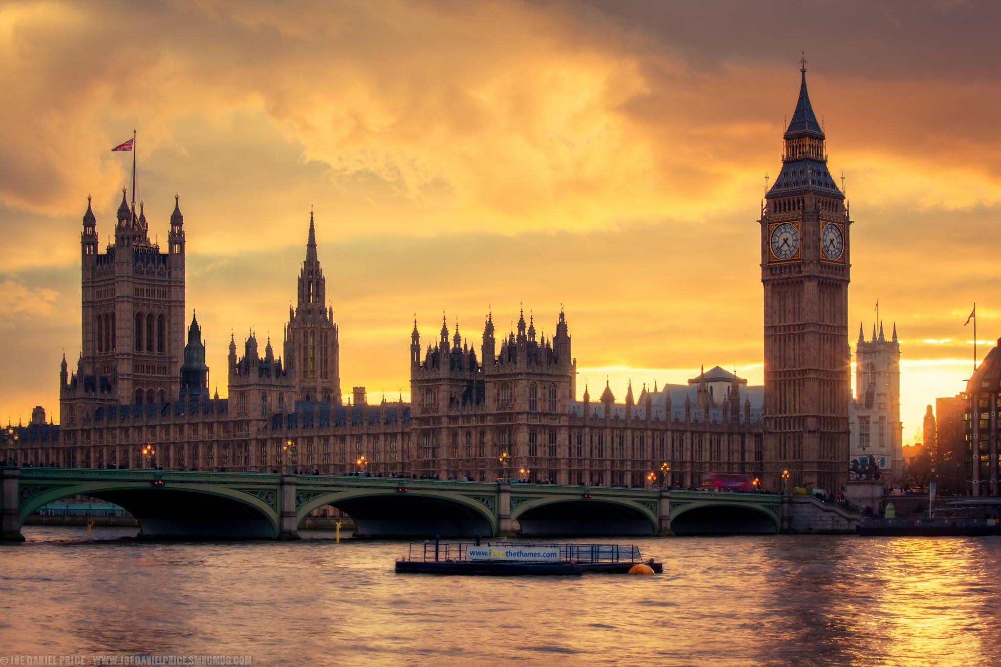 Фотография золотой закат над Биг-Бен, Вестминстер, Лондон, Англия автор Джо Дэниел цена на 500px