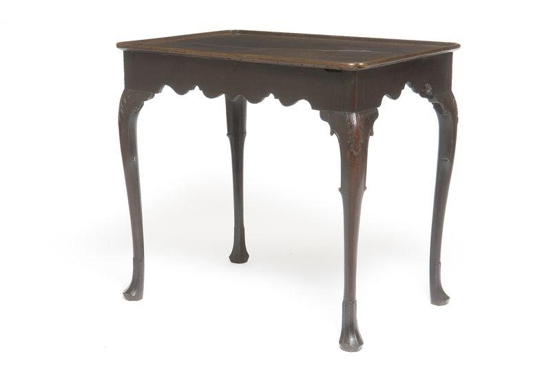 Klein Bankje Barok.Table A The Les Arts Decoratifs 18th Century Furniture