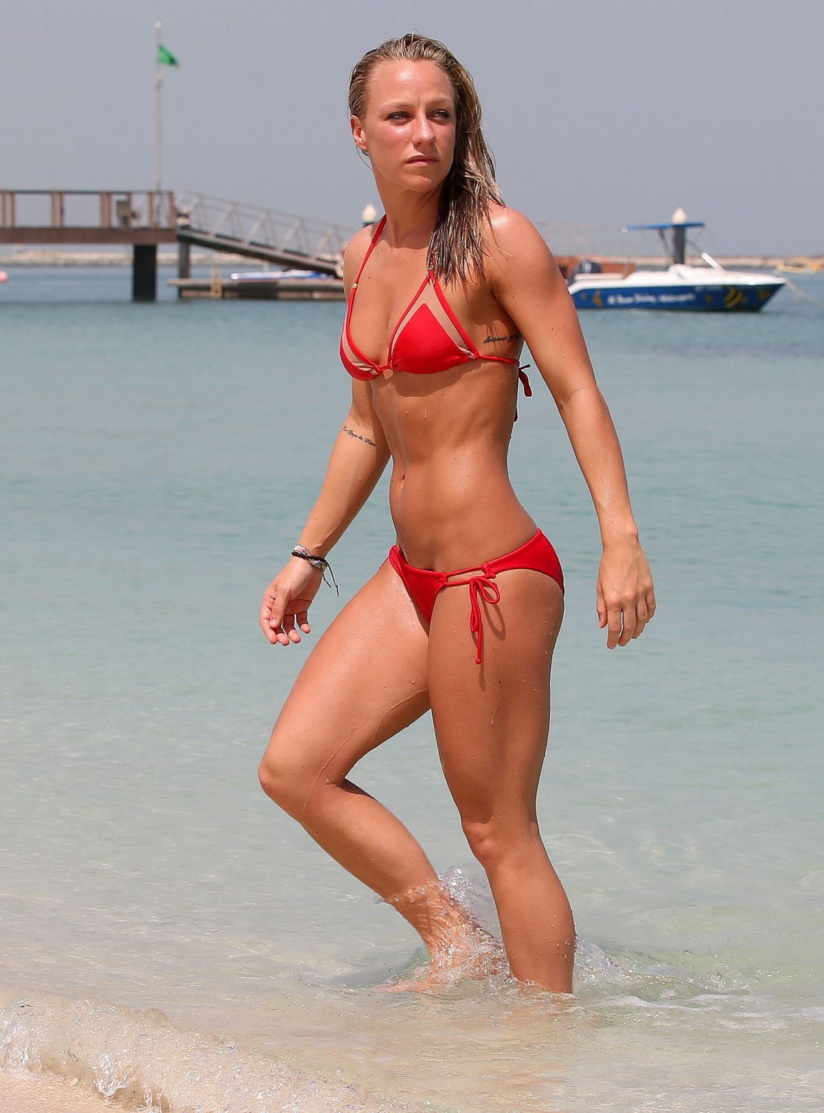 Is a cute Chloe Madeley nudes (61 photo), Tits, Paparazzi, Instagram, cleavage 2019