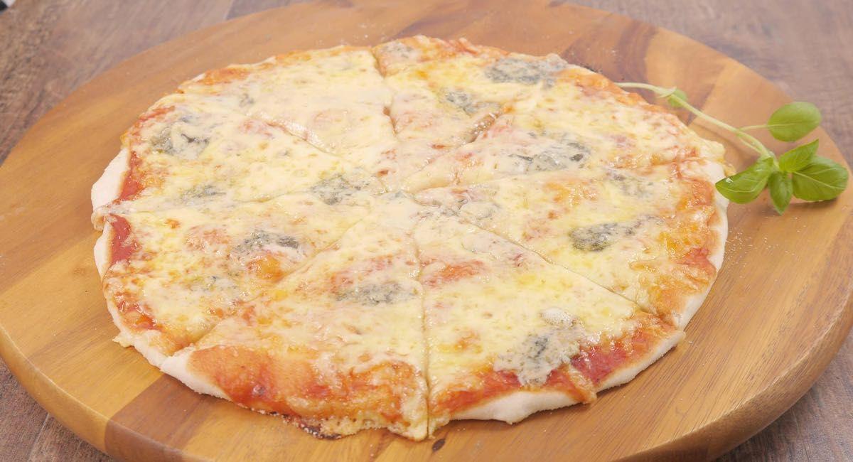 Pizza Cuatro Quesos Comida Queso Y Recetas De Comida
