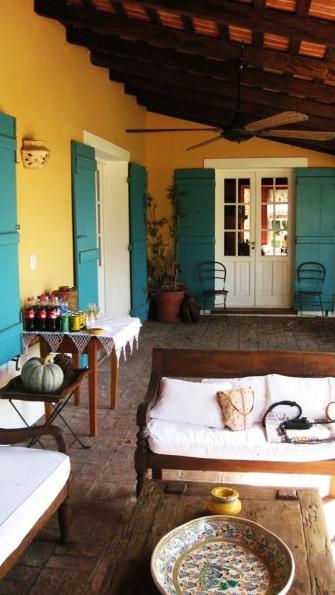 Tipicas Casas De Campo En Las Zonas Rurales De Buenos