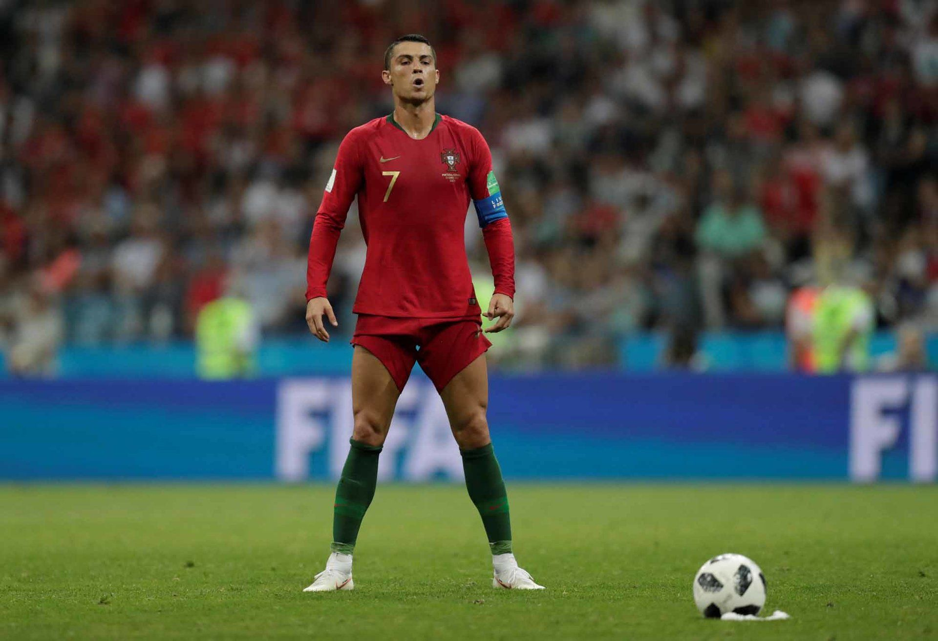 The Most Mesmerizing Photos From The World Cup Cristiano Ronaldo Ronaldo World Cup