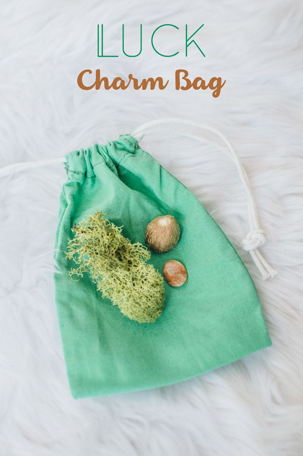 Pouch for simples herbs incense ritual sundries belt pouch spell bag wicca keyring clip charms