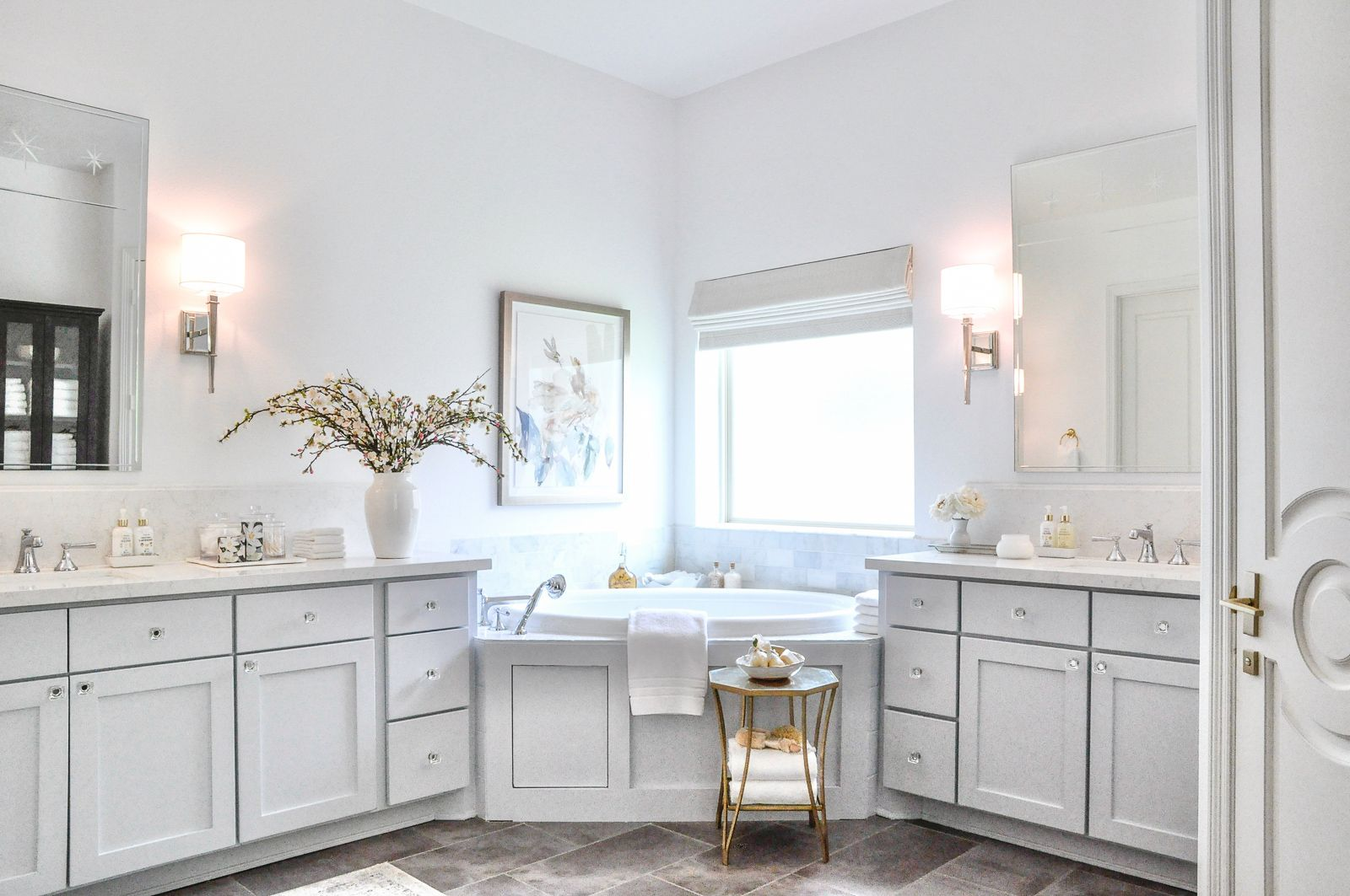 Master bathroom bright beautiful reveal #interiordecor #homeinspo #inspohome #decoratingideas #decorinspiration #homedetails  #homedecor #masterbathroom #bathrooms #bathroomdecor #bathroomdesign #interiorinspo #decor #decorating #styleathome #houseandhome #transitionaldecor