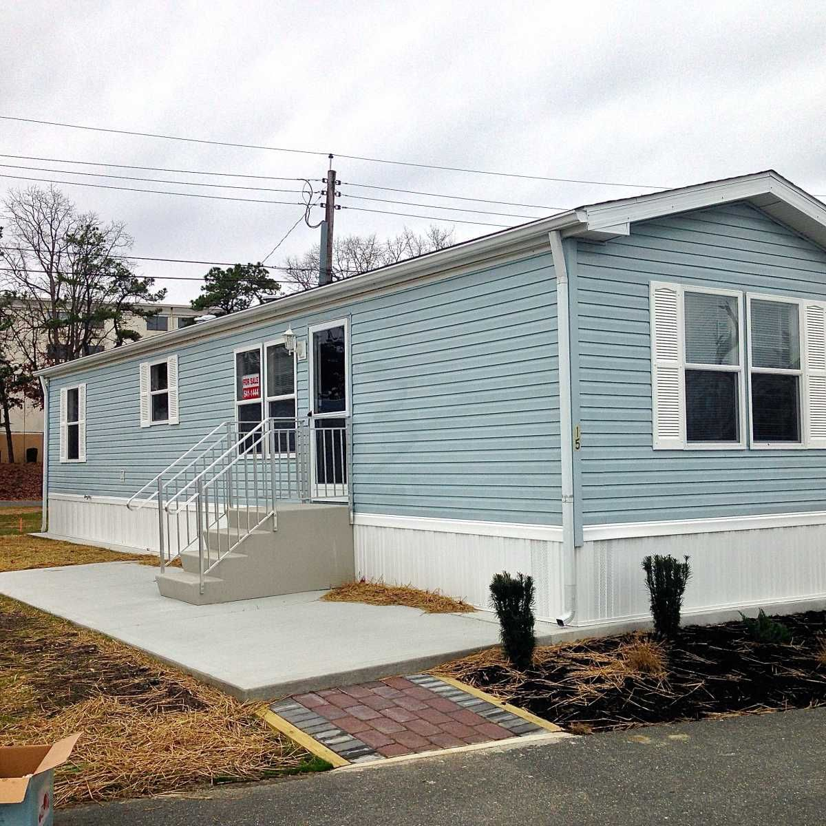 Redman Mobile Home For Sale In Egg Harbor Township Nj Mobile Homes For Sale Mobile Home Painting Exterior Mobile Home Exteriors