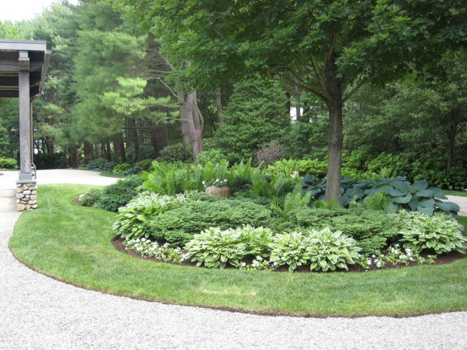 Front Circle Circle Driveway Landscaping Front Yard Landscaping Driveway Landscaping