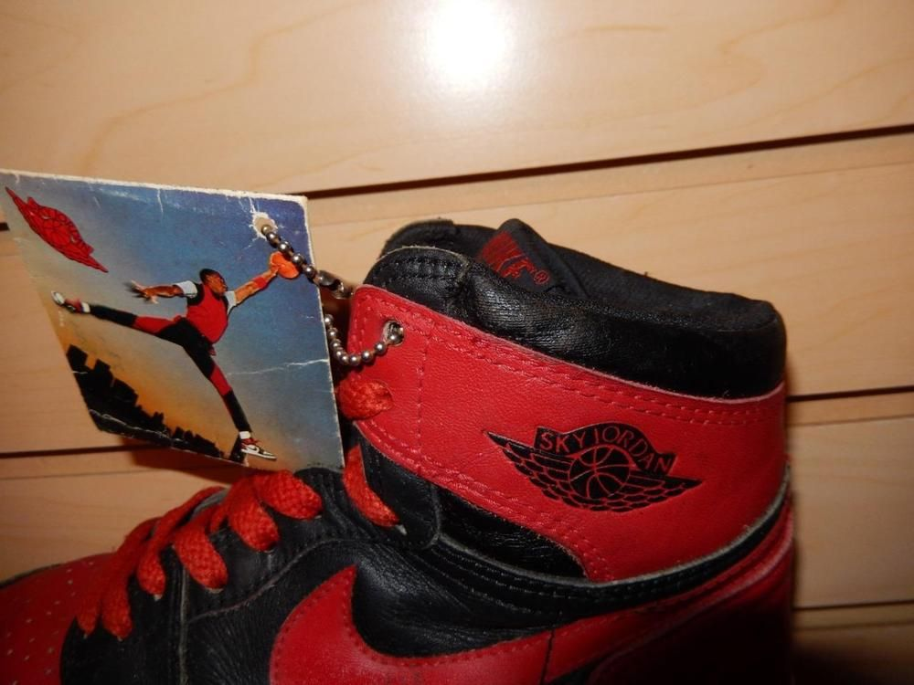 fb3fee568735 VTG OG 1985 Nike Sky Jordan 1 Black Red Bred size 5.5 with Hang Tag Rare air   Nike  AthleticSneakers