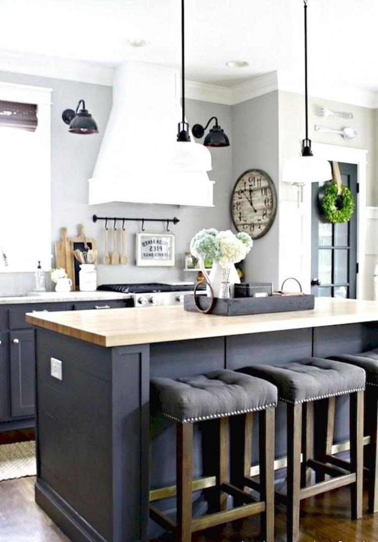 35 Stunning Farmhouse Kitchen Island Decor Ideas Http Margaretdecor Info 35 Stunning Farmhouse Kitchen Island Decor Modern Farmhouse Kitchens Rustic Kitchen