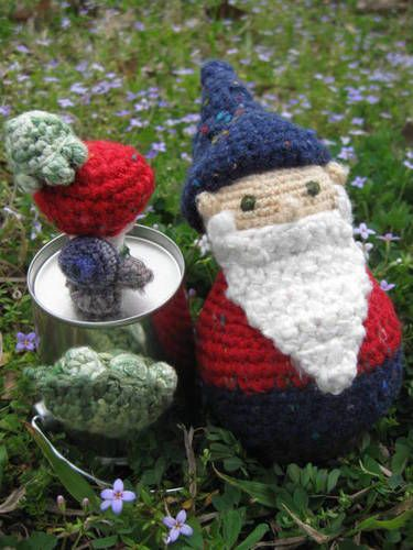 Amigurumi gnome with magnetic friends