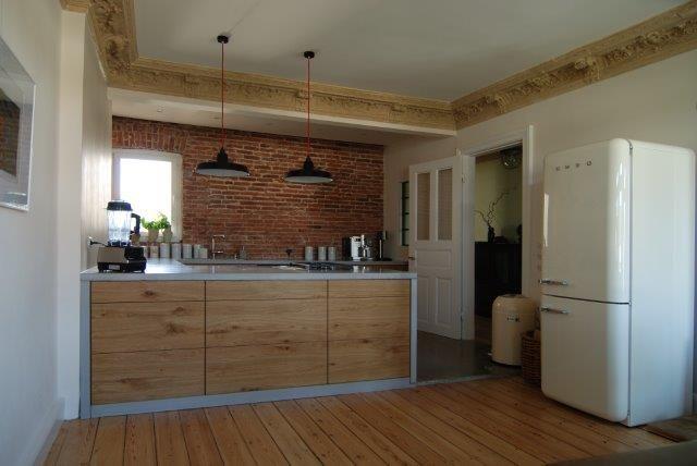 Schöne Küche mit Betonarbeitsplatte Mehr Infos: http://www ... | {Küchenarbeitsplatte material 19}
