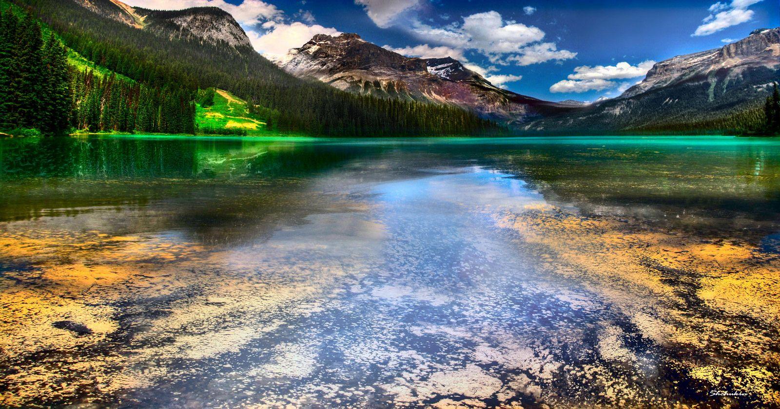Emerald Lake, British Colombia, Canada