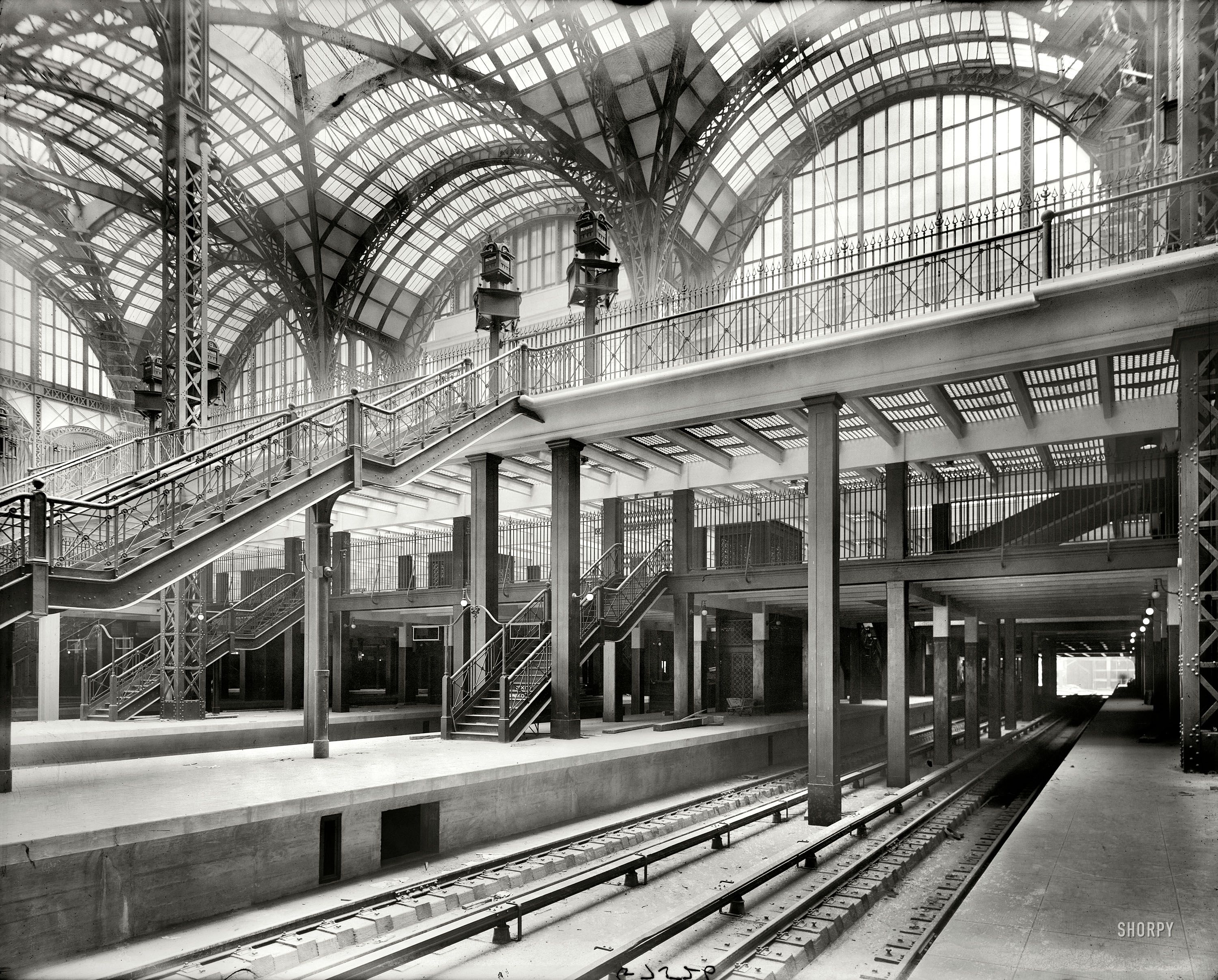 Shorpy Historical Photo Archive Penn Station 1910 New York Circa 1910 Pennsylvania Station Old Train Station Penn Station Nyc Shorpy Historical Photos