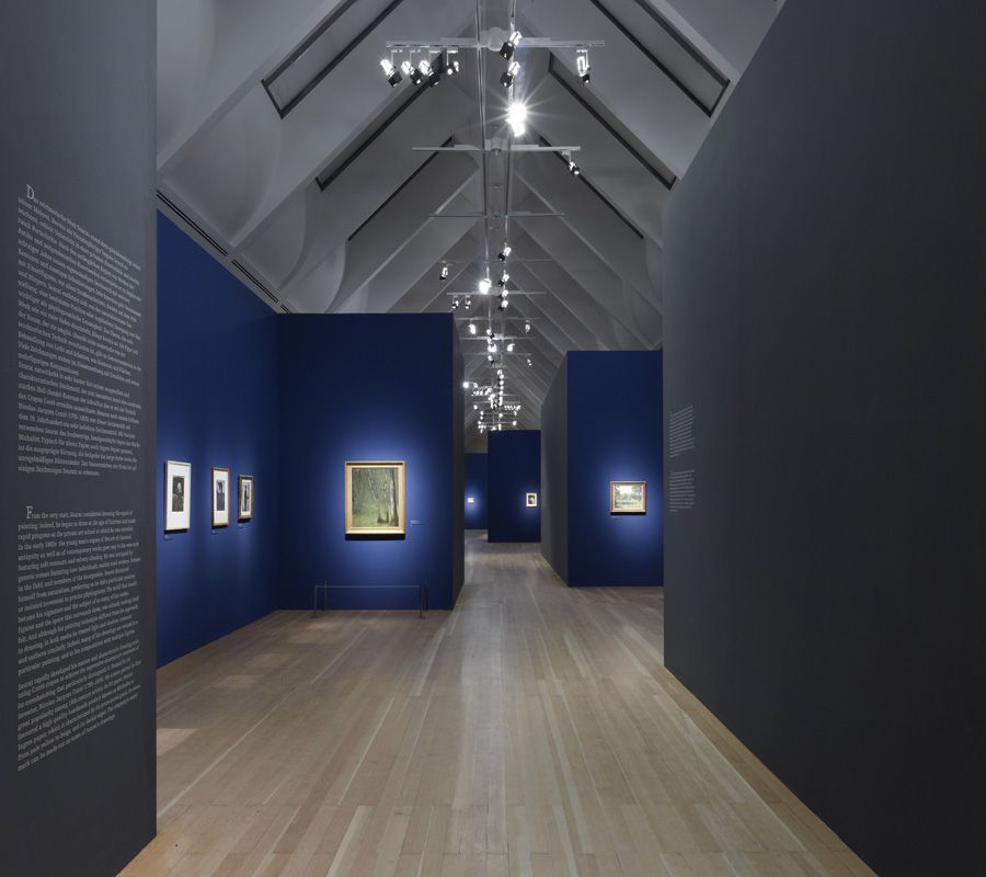 Schirn kunsthalle frankfurt art exhibit blue walls for Design museum frankfurt