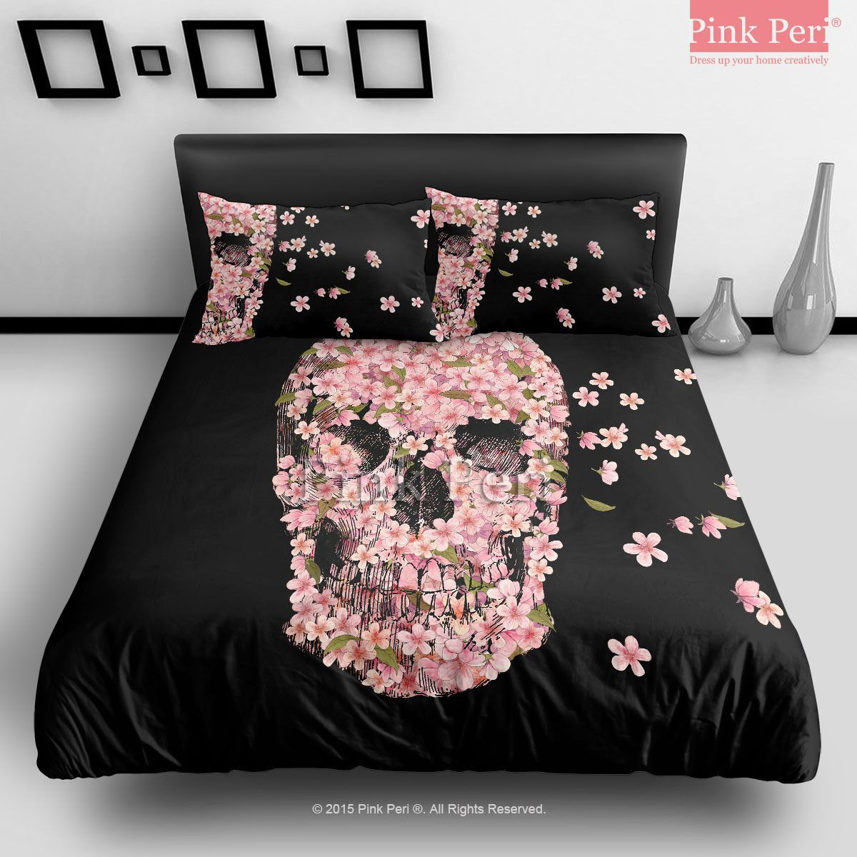 Black and pink bed sheets - Black Bedding With Pink Flowers Shaped As A Skull