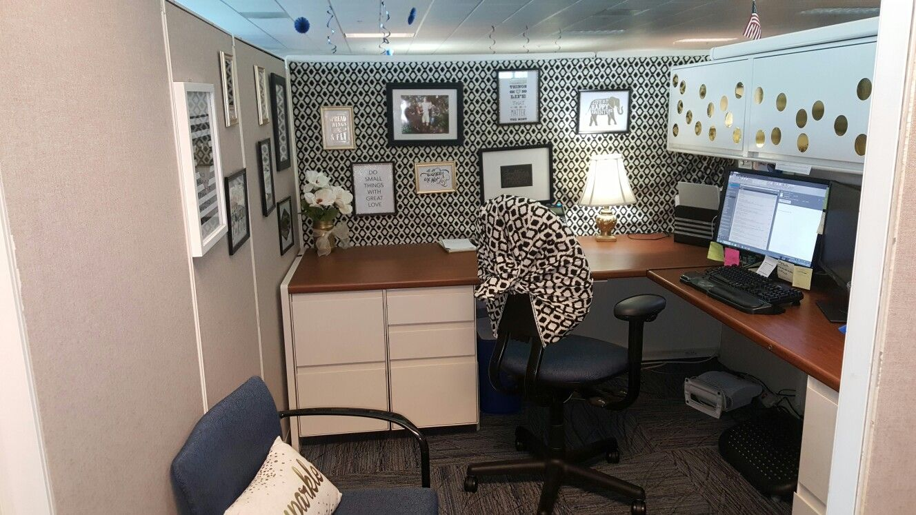 Gold Office Decor Black And Gold Cubicle Cubicle Makeover Work Cubicle Decor Cubicle Design