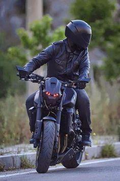 Blog Of The Biker Blacked Out Yamaha FZ 09 With Custom Headlight