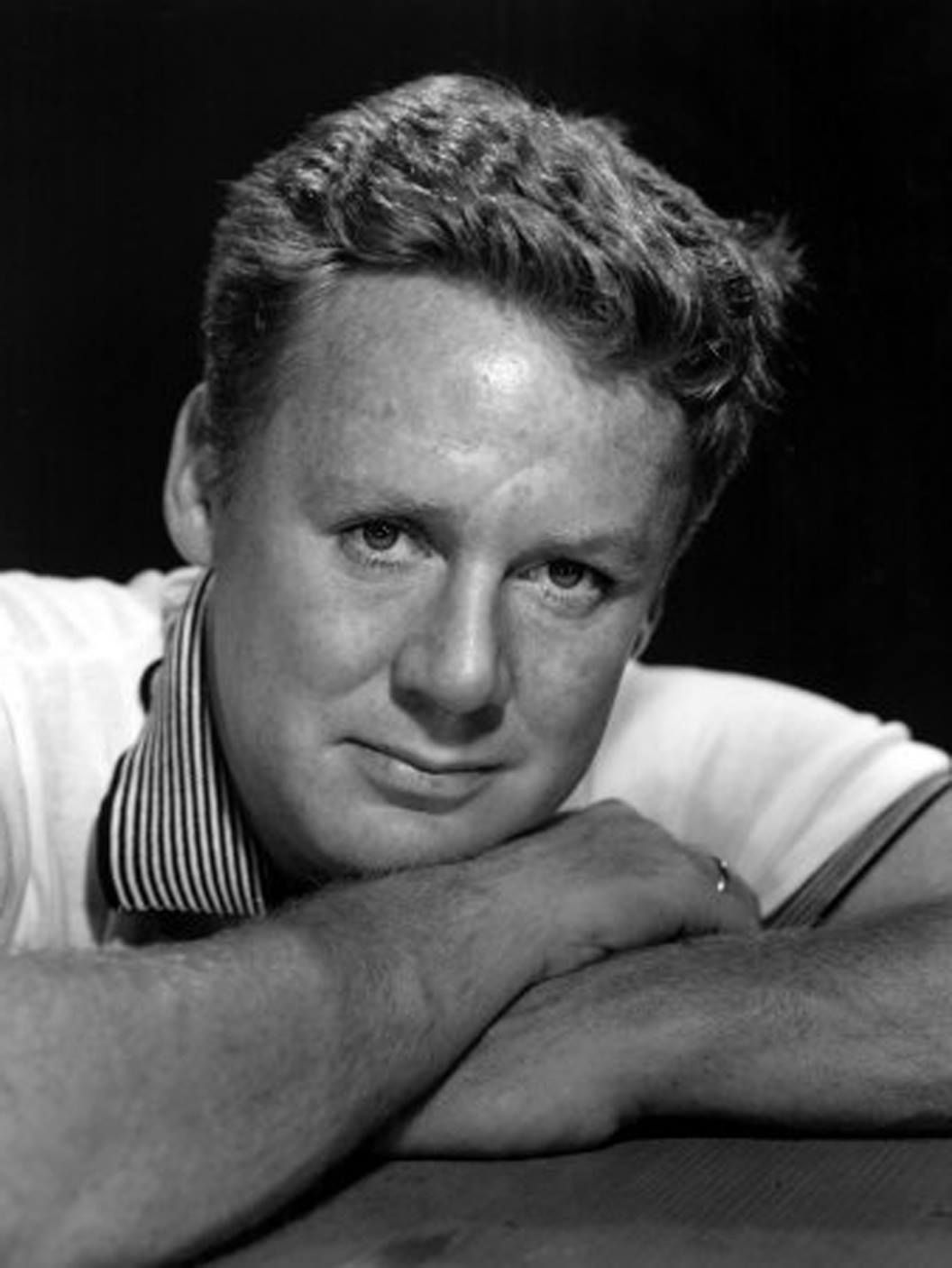 Van Johnson (August 25, 1916 – December 12, 2008) was an American film actor of stage, motion pictures and television from the late 1930s until the early 1990s. A dancer, he was a major star at Metro-Goldwyn-Mayer during and after World War II.